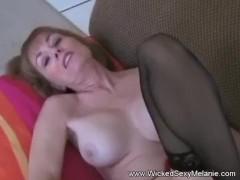 Раздевающиеся медсестры порно фильм